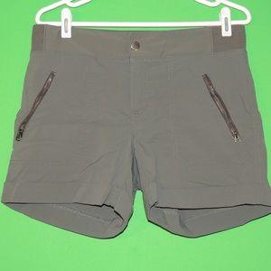 Athleta Womens Size 12 Army Green Casual Shorts